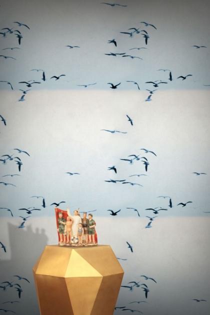 Feathr Portuguese Seagulls Wallpaper - Ice