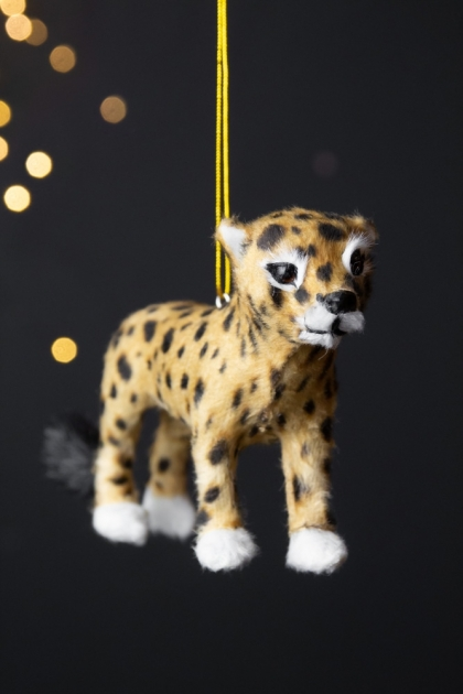 Image of the Cheetah Hanging Christmas Decoration