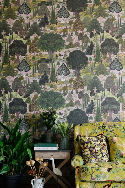 Lifestyle image of the Mind The Gap Jardin Sauvage Wallpaper