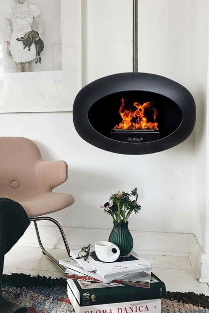 Lifestyle image of the Black Le Feu Sky Eco Fireplace