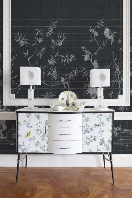 Lifestyle image of the Chinoiserie Tile Wallpaper Mural - Meihua Coal