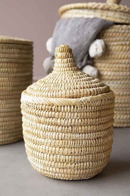 Small Moroccan Wicket Basket with lid on the top