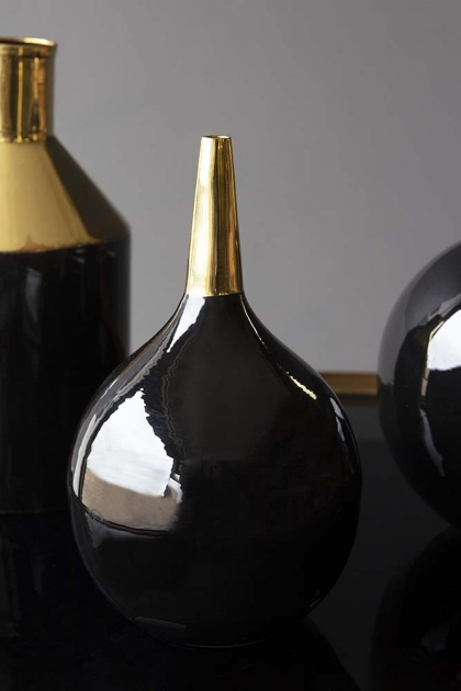 Onyx & Gold Bulb Narrow Neck Vase
