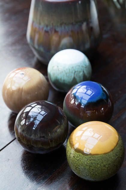 Set of 5 Stoneware Deco Globes