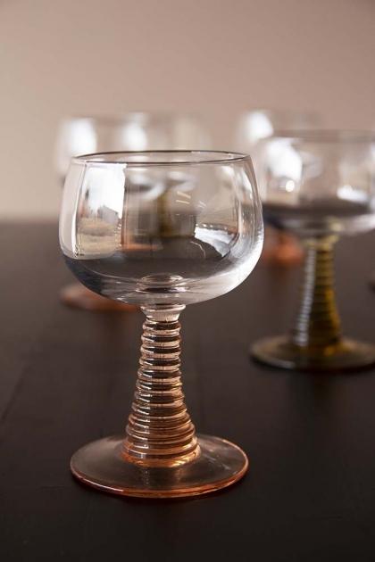Swirl Wine Glass - Nude