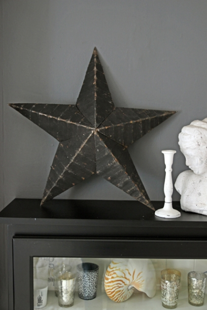 "Vintage Metal Star - 22"" diameter - Black"