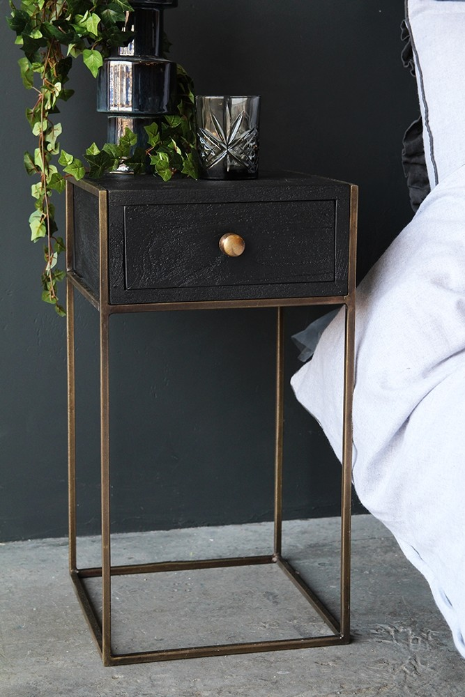 wholesale dealer 44eb5 4d7e1 Halcyon Bedside Table With Drawer