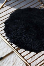Circular Sheepskin Wool Pad - Black