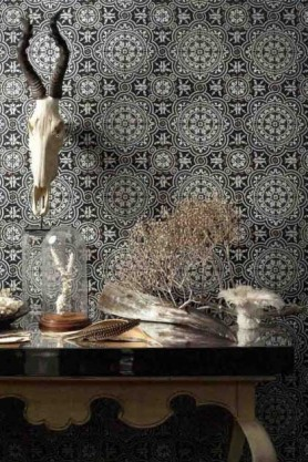 Lifestyle image of the Cole & Son The Albemarle Collection - Piccadilly Wallpaper