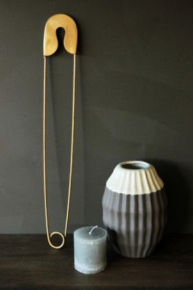 Giant Brass Coloured Safety Pin