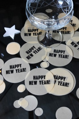 Lifestyle image of the Happy New Year Confetti