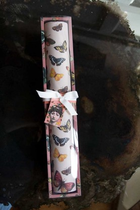 Image of the Set Of 4 Mademoiselle Butterfly Scented Drawer Liners in the packaging