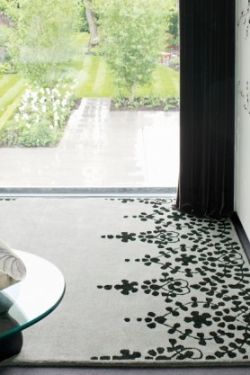 lifestyle image of Matrix 100% Wool Rug - Various Colours & Sizes with large window in background