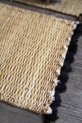 Natural Wicker Placemat With Black Tassels