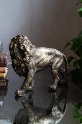 Lifestyle image of the Majestic Lion Ornament