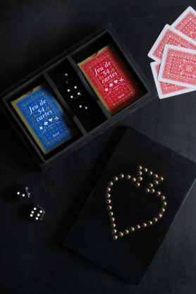 Image of the Quality Playing Cards In Studded Ace Wooden Box spread out over a table