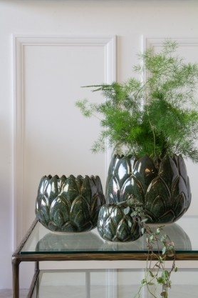 Lifestyle image of the Set Of 3 Green Leaf Stoneware Flower Pots