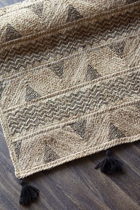 Natural Jute Rug With Black Tassels