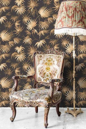 Lifestyle image of the Va Va Frome Noir Black Wallpaper by Pearl Lowe