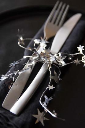 Shimmering Silver Star Wire Garland