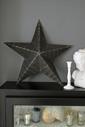 Vintage Metal Star - Black