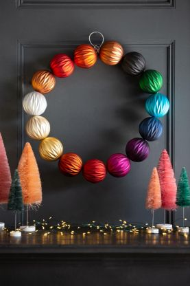 Image of the Multicoloured Bauble Wreath