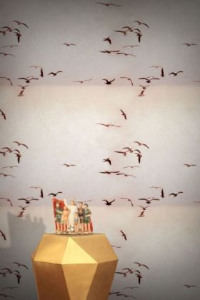 Feathr Portuguese Seagulls Wallpaper - Dusty Pink - ROLL