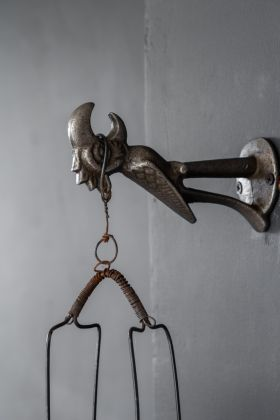 Image of the right side of the Antique Style Iron Parrot Bottle Opener