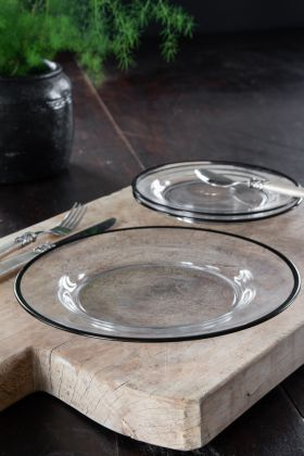 Image of the Black Rimmed Glass Dinner Plate