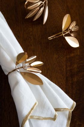 Lifestyle image of the Gold Leaf Napkin Ring
