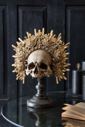Lifestyle image of the King Skull Ornament