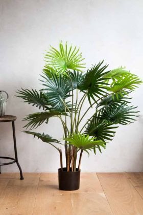 Large Fan Artificial Palm Tree