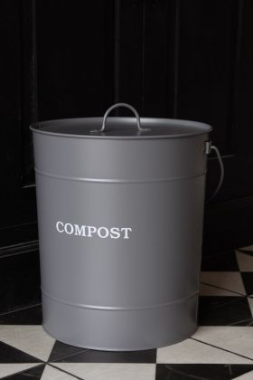 Image of the Powder Coated Steel Compost Bucket with the lid on