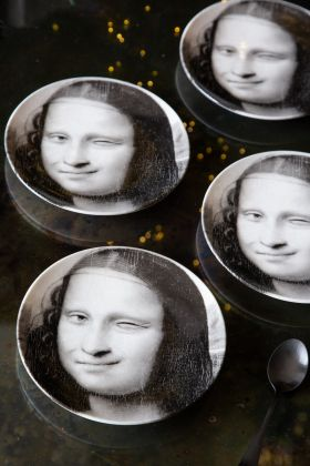 Image of the Set Of 4 Winking Mona Lisa Side Plates