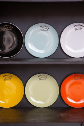 Image of the Set Of 6 Assorted Coloured Brasserie Dinner Plates