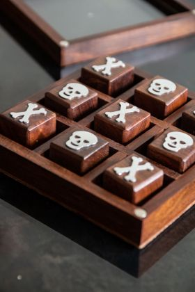 Image of the Traditional Skull & Bones Game Set In Wooden Box with the lid off