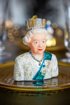 The Queen Christmas Tree Decoration