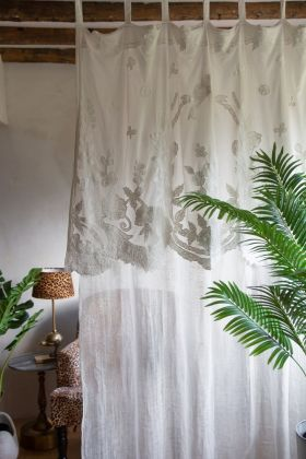 Image of the Vintage Style Linen Curtain With Lace