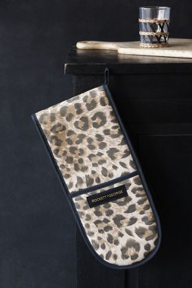 Image of the Leopard Love Leopard Print Double Oven Gloves
