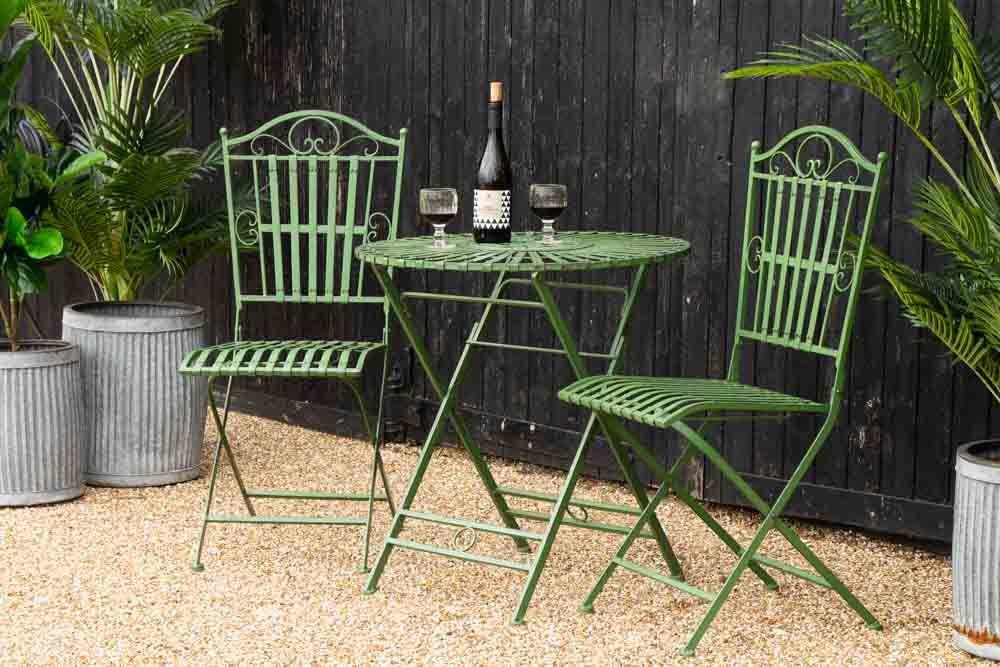 Green Metal Garden Table & Chair Set