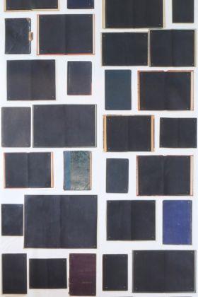 detail image of nlxl eka-06 biblioteca wallpaper by ekaterina panikanova - black books open and closed dark coloured books repeated pattern