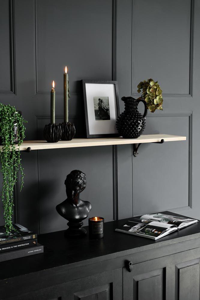 lifestyle image of shelf